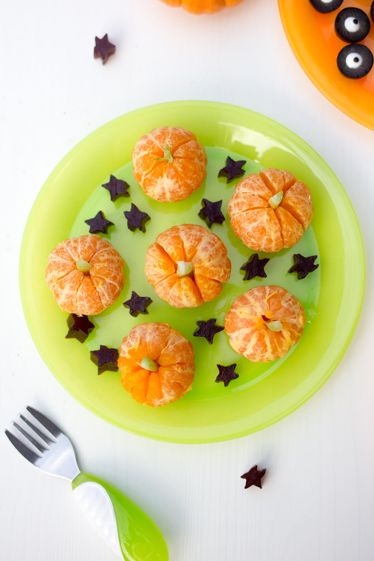 Toddler halloween treats and