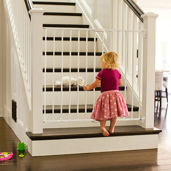 "Munchkin Extending XL Tall and Wide Hardware Baby Gate Extends 33/"" 56/"" Wide,"