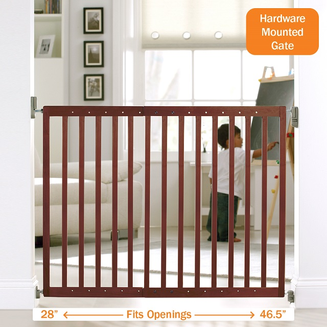 Wood Baby Gate Extending Safety Gate Munchkin Com
