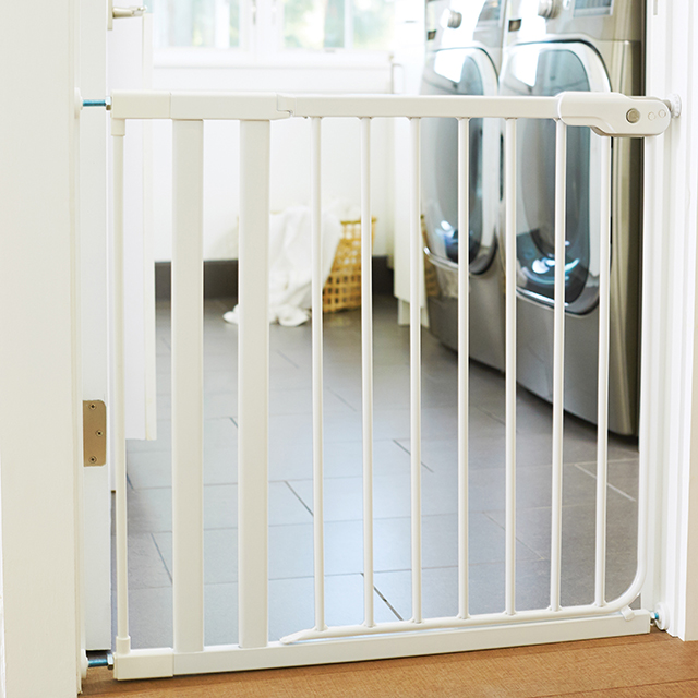 It Fits Safety Gate Swing Baby Gate Munchkin Com